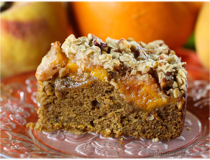 pumpkin spice cake with peach streusel