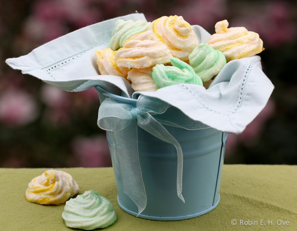 lemon meringue cookies in basket