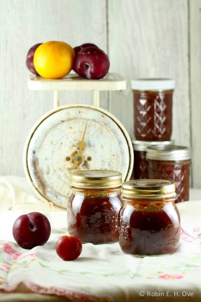 spiced plum butter