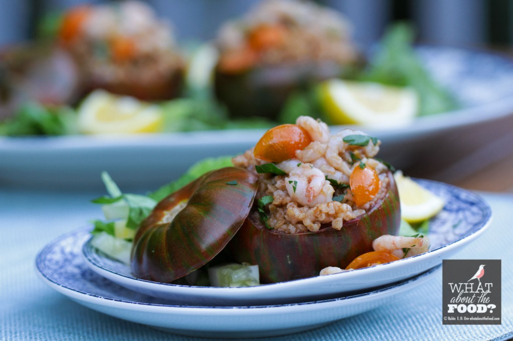 Heirloom tomato stuffed with bulgur pilaf